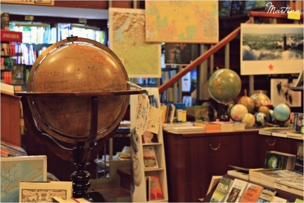 """""""...un piccolo negozio, incastrato timidamente in un palazzo veronese..."""""""